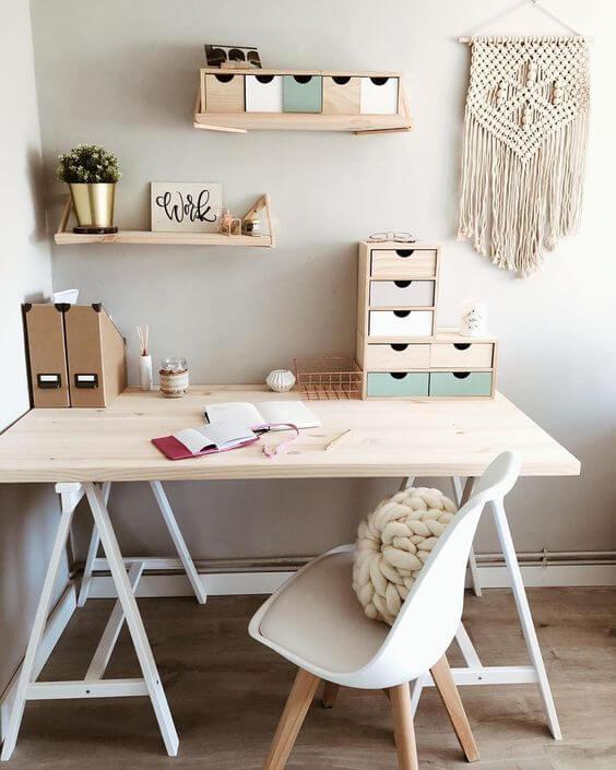 Mesa cavalete de madeira