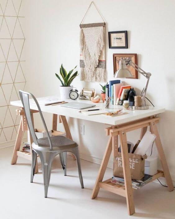 Mesa cavalete rústica e moderna