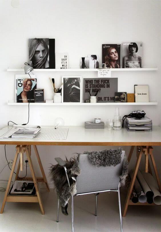 Mesa cavalete com prateleira moderna