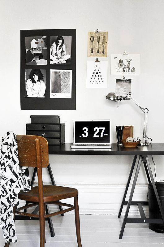 Mesa cavalete preta e branca