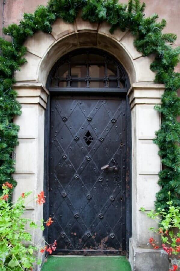 modelo antigo de porta de ferro Foto Pinterest