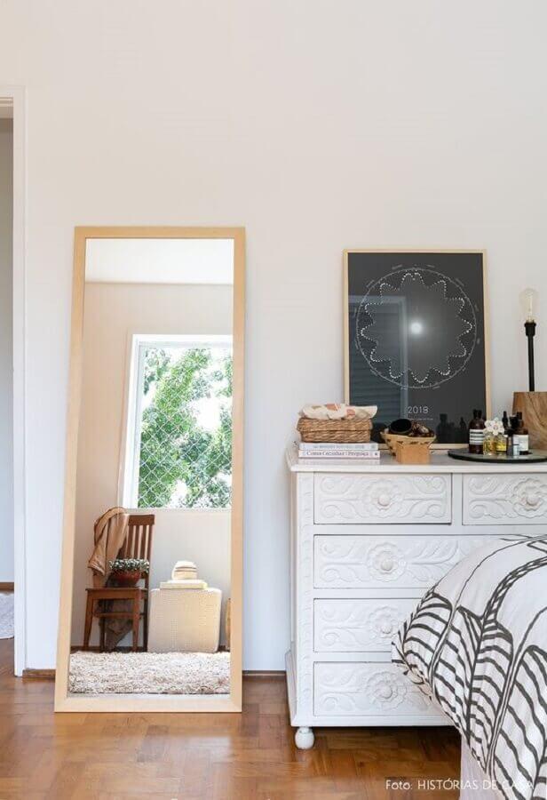 modelo de cômoda branca quarto Foto Histórias de Casa