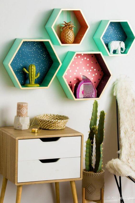 Nicho hexagonal decorativo