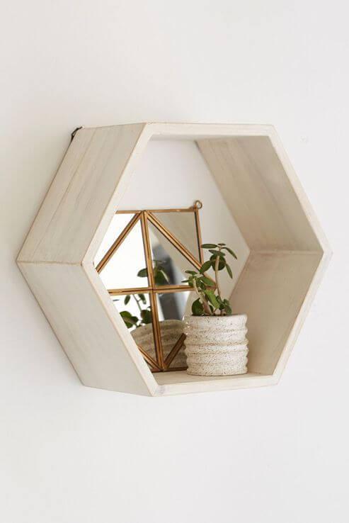 Nicho para sala hexagonal
