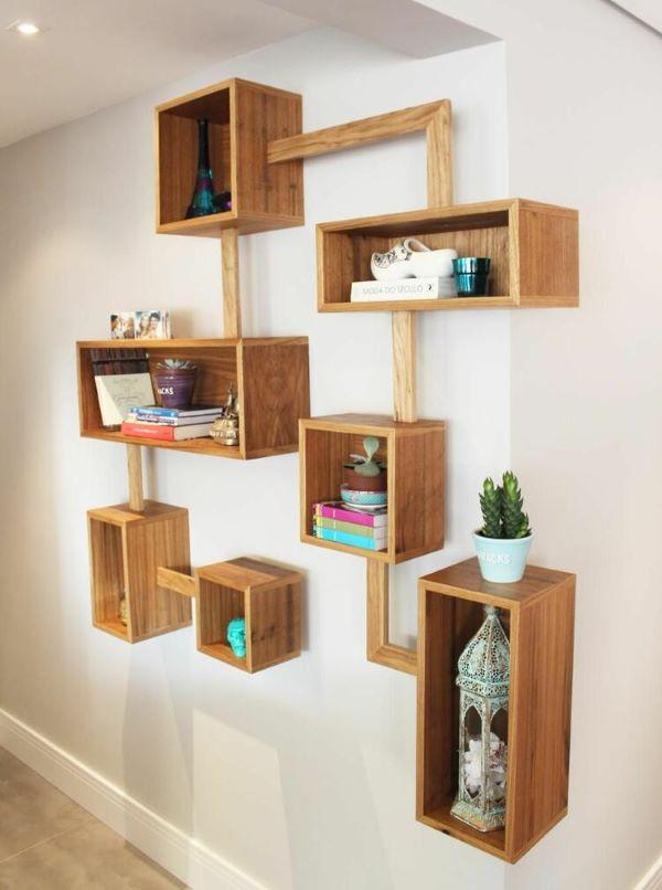 Nichos de madeira decorados