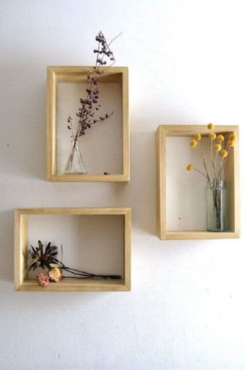 Nichos para quarto com enfeite de flores