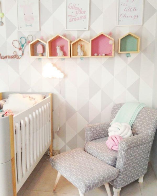 Nichos para quarto de bebê coloridos