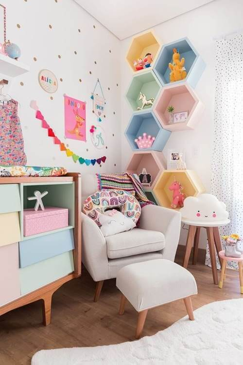 Nichos para quarto de bebê
