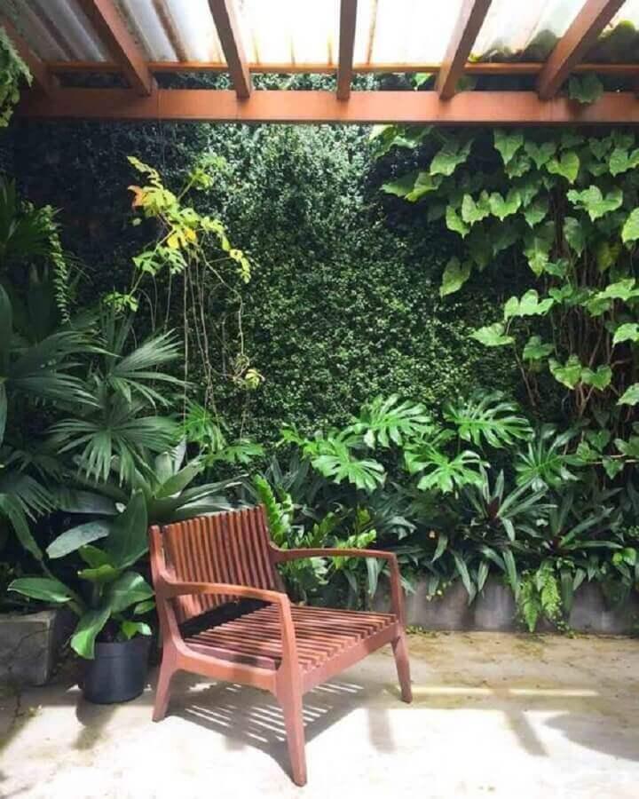 parede verde com plantas Foto Pinterest