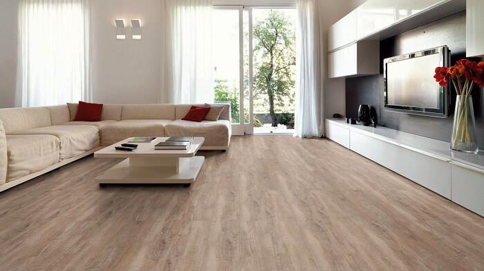 O piso laminado é uma excelente alternativa de piso sobre piso
