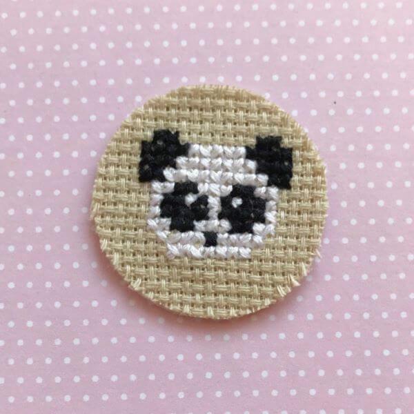 Ponto cruz simples de panda