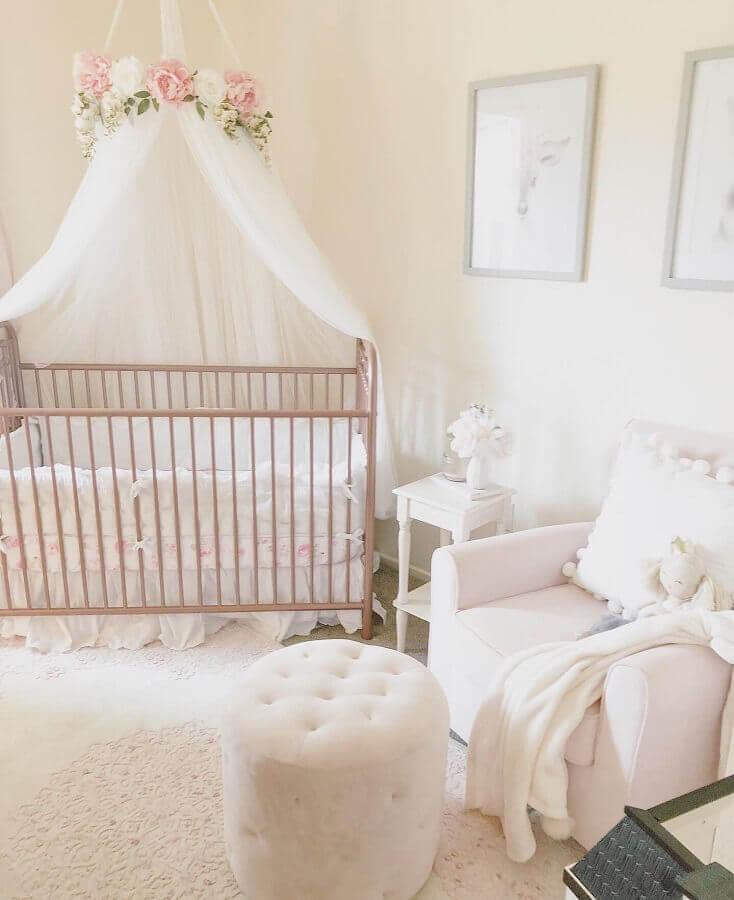 puff capitonê para decoração de quarto de bebê feminino Foto Etsy