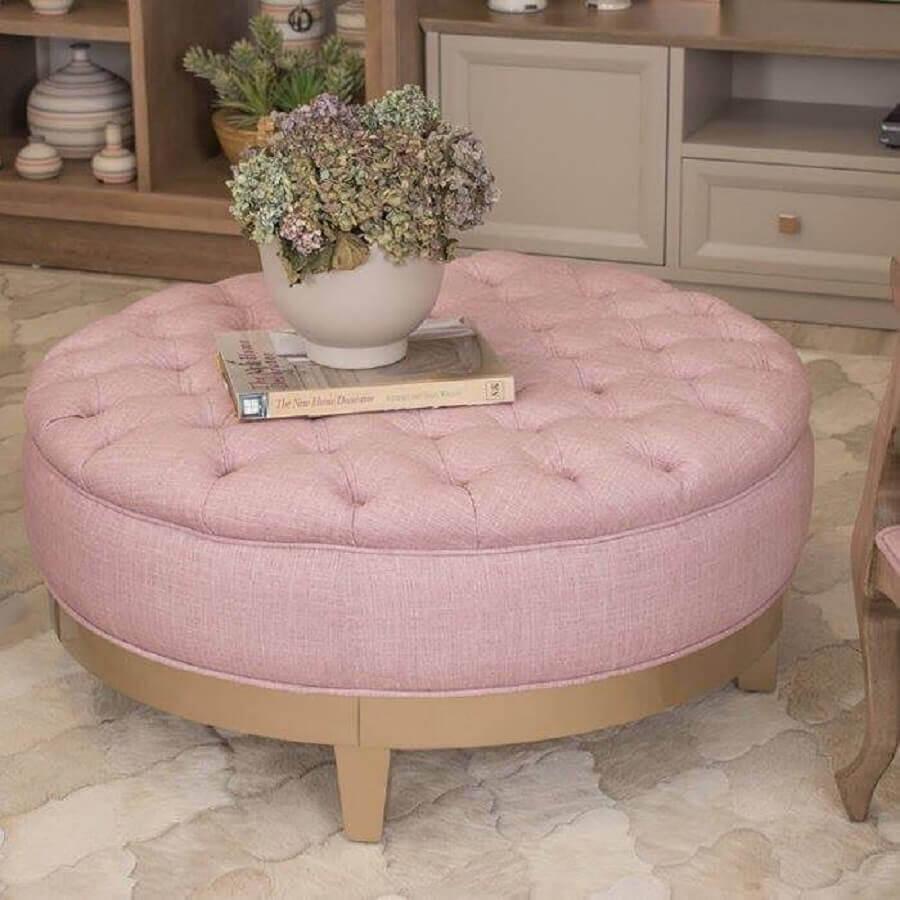 puff em capitonê rosa Foto Chateau Blanc