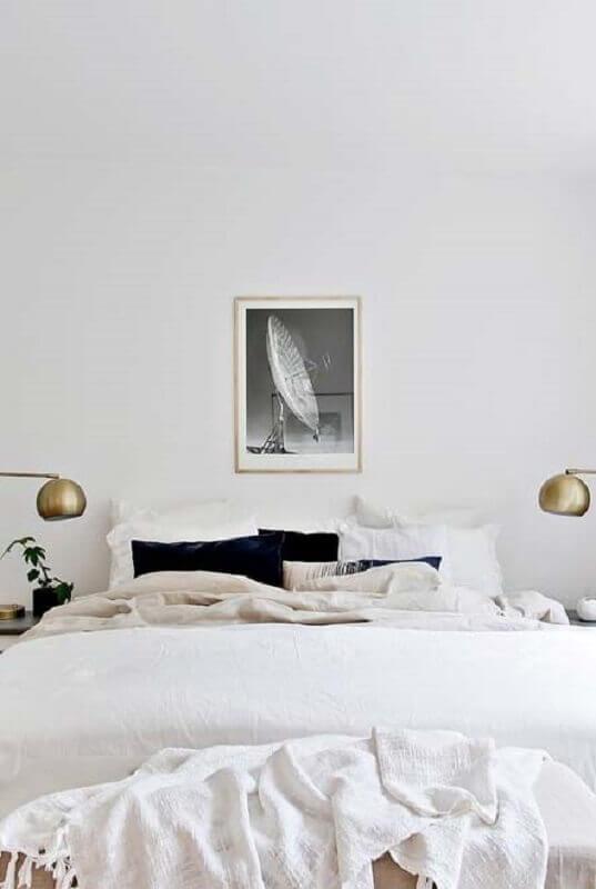 quarto branco de casal minimalista Foto Otimizi