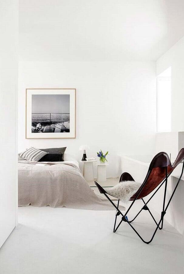 quarto branco minimalista Foto Behance