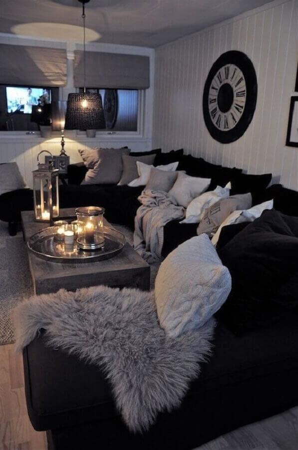 sala de estar na cor preta Foto Projetos Criativos
