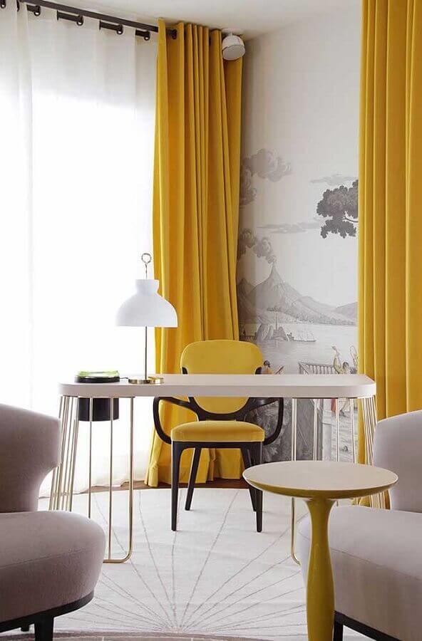 tons de amarelo para escritório Foto Priscila Ramalho Arquitetura