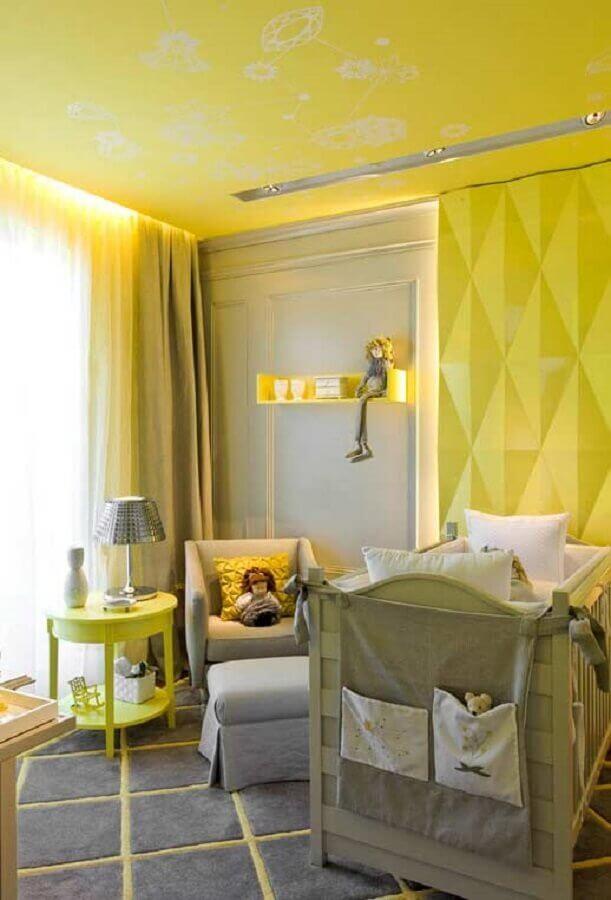 tons de amarelo para quarto de bebê moderno com revestimento 3d Foto Pinterest