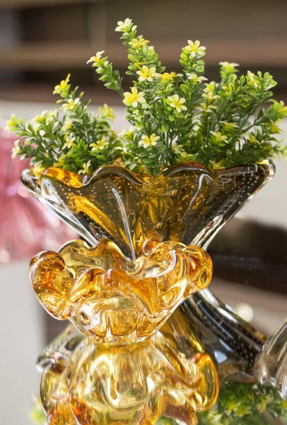 Vaso murano ambar na mesa central
