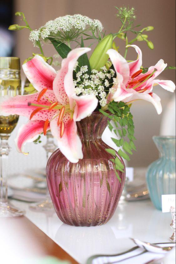 Decore sua mesa de jantar com lindos vasos de cristal murano
