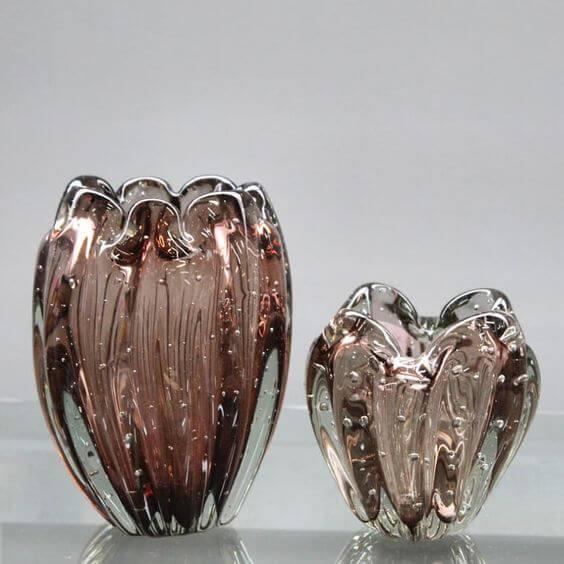 Vasos de murano marrom