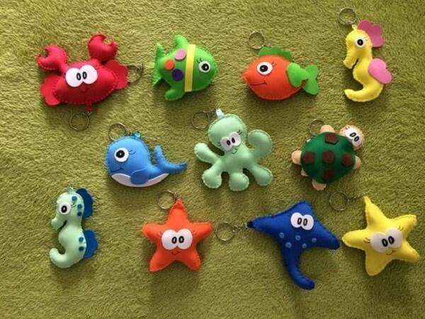 Animais do fundo do mar em formato de chaveiro de feltro