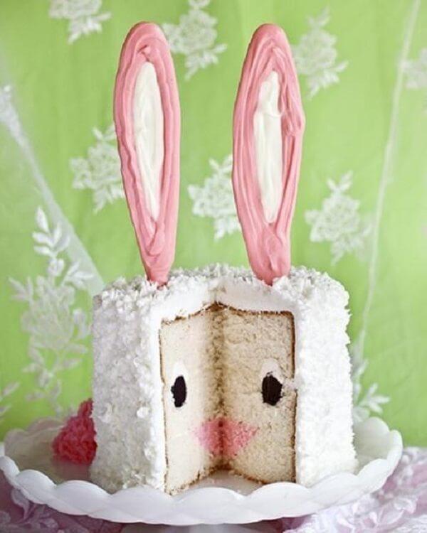 As orelhinhas chamam a atenção na decoração desse bolo