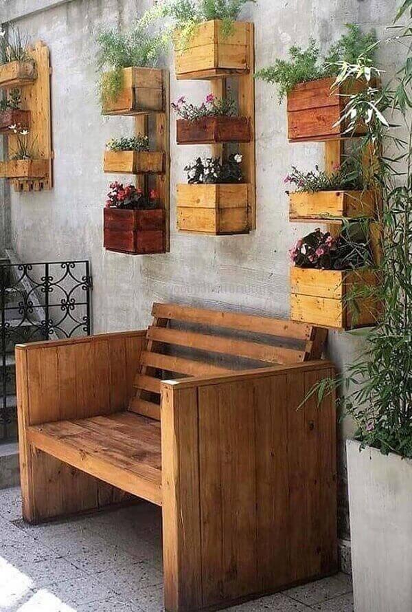 Banco de pallet simples para jardim