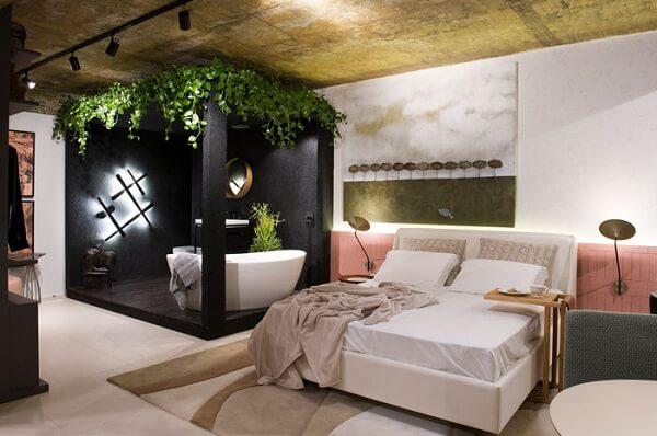 Cabeceira de cerâmica rosa para quarto de casal