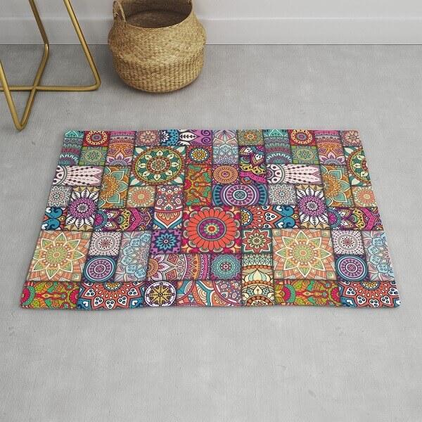 Diferentes mandalas formam um lindo tapete de retalhos