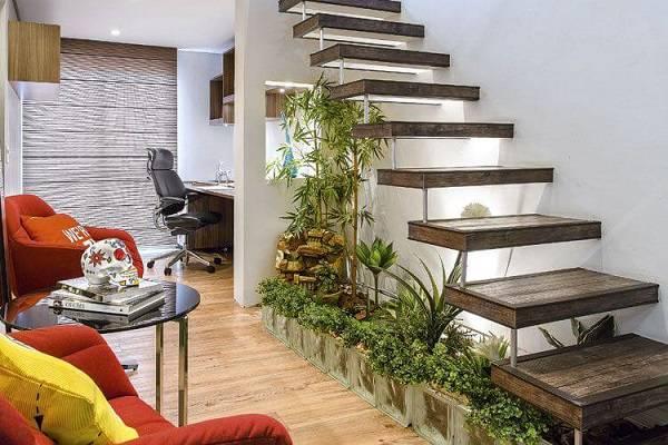 Jardim de inverno como canteiro sob escada