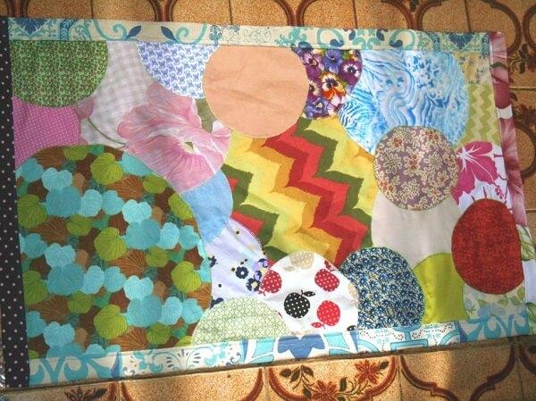 Mescle formas e cores no seu tapete de retalhos