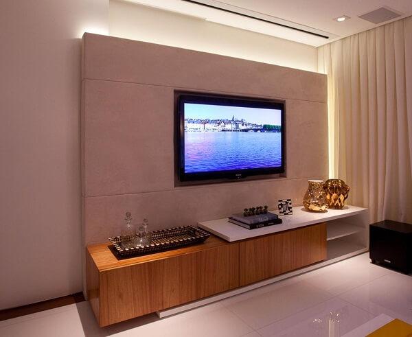 Modelo de sala de estar com painel de tv