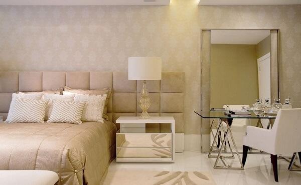 Piso de cerâmica para quarto de casal