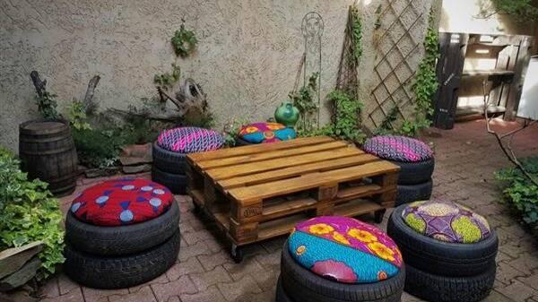 Puffs de pneu com pallet