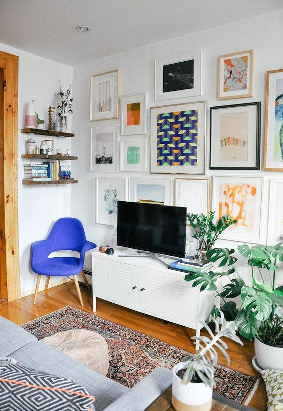 Rack retro branco para sala de estar moderna