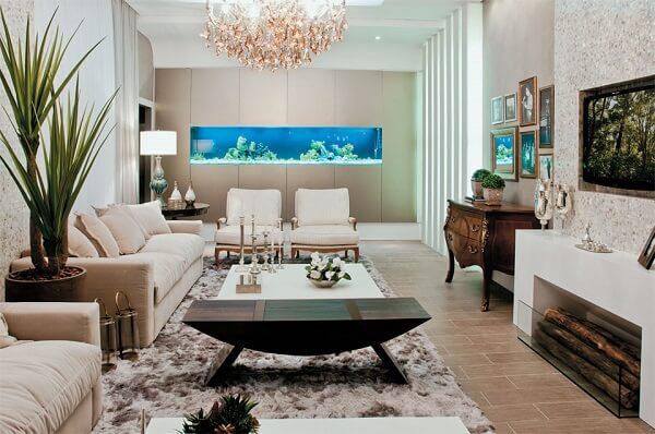 Separe um espaço na parede para montar um lindo aquário
