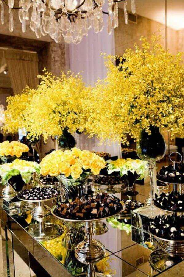 yellow flower arrangement for wedding decoration Photo WeddingTopia