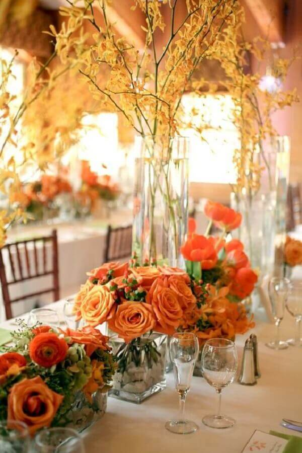 orange rose arrangement for wedding decoration Photo Elizabeth Anne Designs