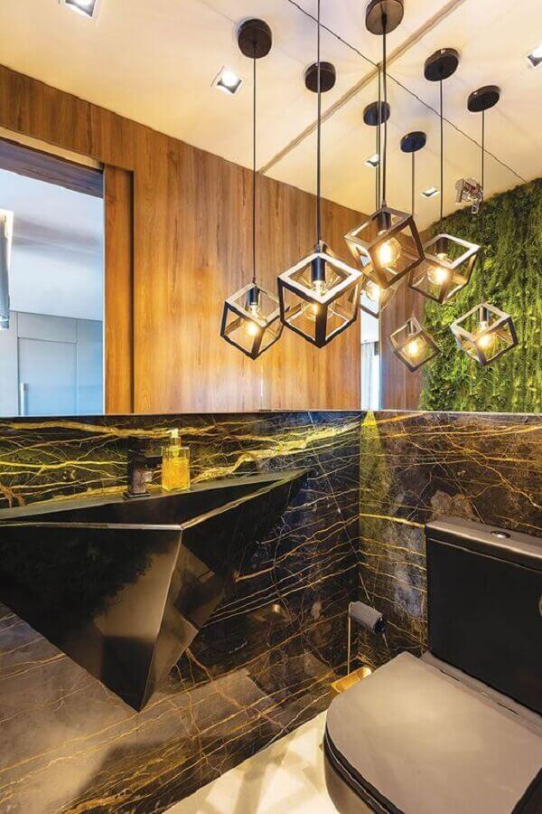 banheiro moderno decorado com pia esculpida e lustre pendente para banheiro Foto Casa de Valentina