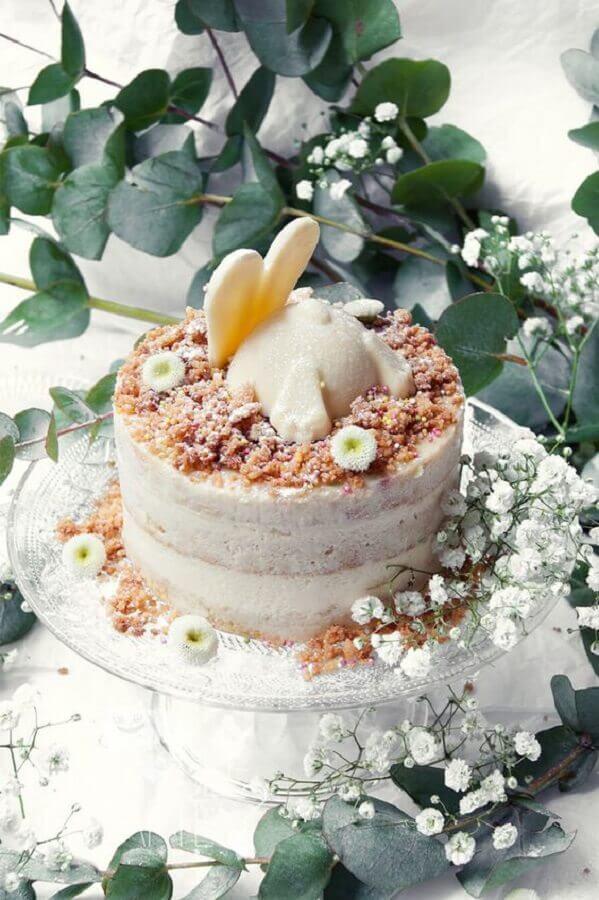 bolo de páscoa rústico decorado com coelhinho no topo Foto Pinterest