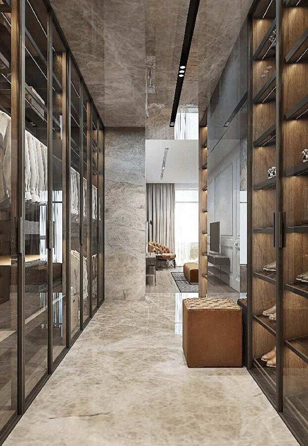 casas de luxo por dentro com closet Foto Behance
