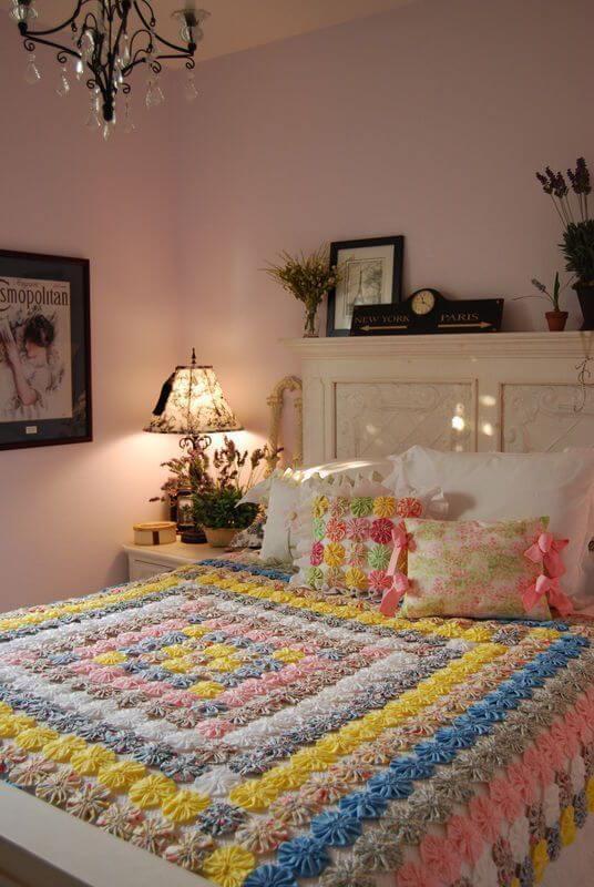 Como fazer fuxico colorido para quarto