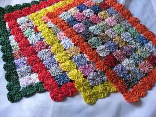 Como fazer fuxico de tapete