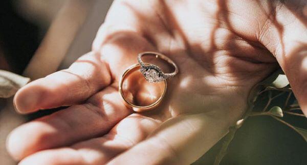 Como limpar ouro