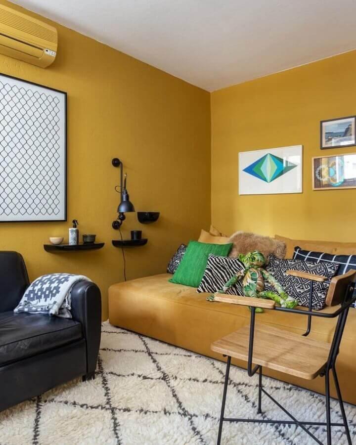 cor de mostarda para decoração de sala Foto Maurício Arruda