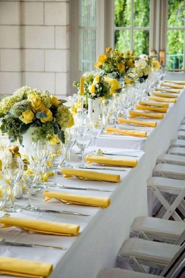 cores para casamento amarelo e branco Foto Country House Wedding Venues