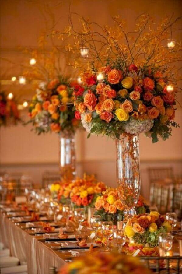 wedding colors with yellow and orange flower decoration Foto Pinterest
