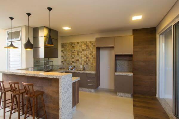 Cozinha com churrasqueira