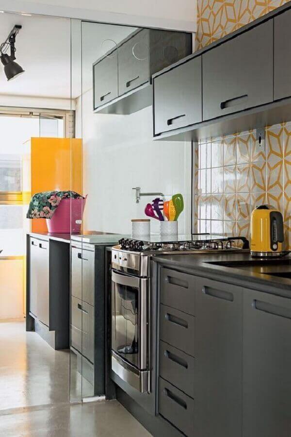 cozinha modulada com lavanderia integrada Foto Achados de Decoração